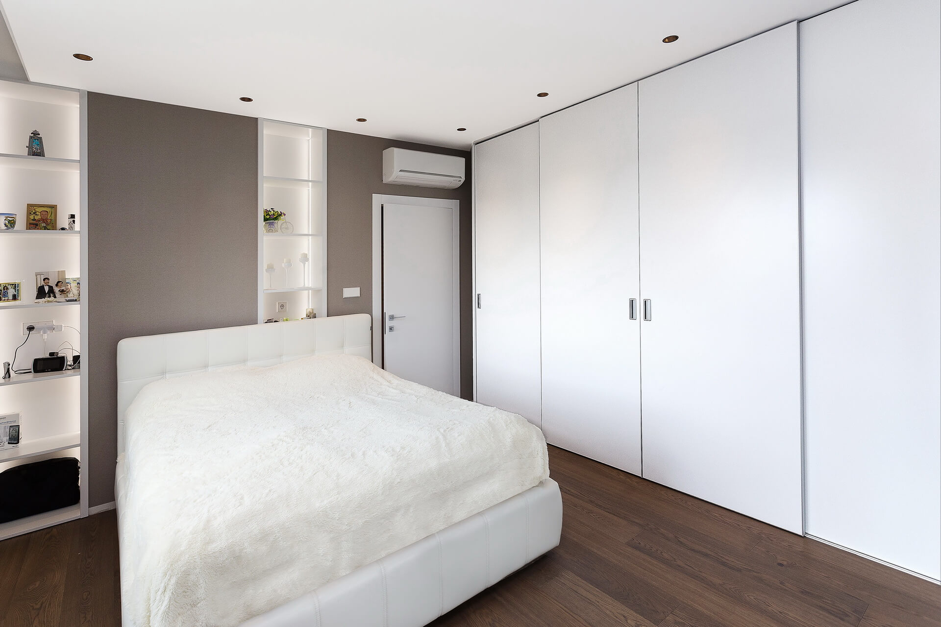 Senso Design Custom Bedroom Closet